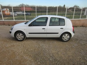 clio II DCI 136000 Kms occassion TROYES 1