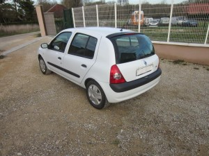 clio II DCI 136000 Kms occassion TROYES 2