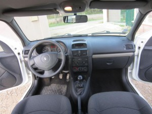 clio II DCI 136000 Kms occassion TROYES 20