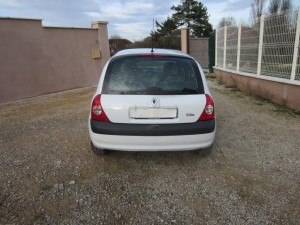 clio II DCI 136000 Kms occassion TROYES 3
