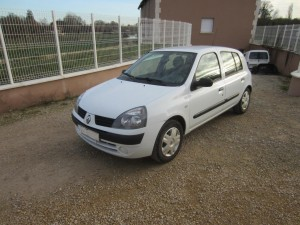 clio II DCI 136000 Kms occassion TROYES