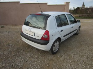 clio II DCI 136000 Kms occassion TROYES 4