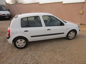 clio II DCI 136000 Kms occassion TROYES 5